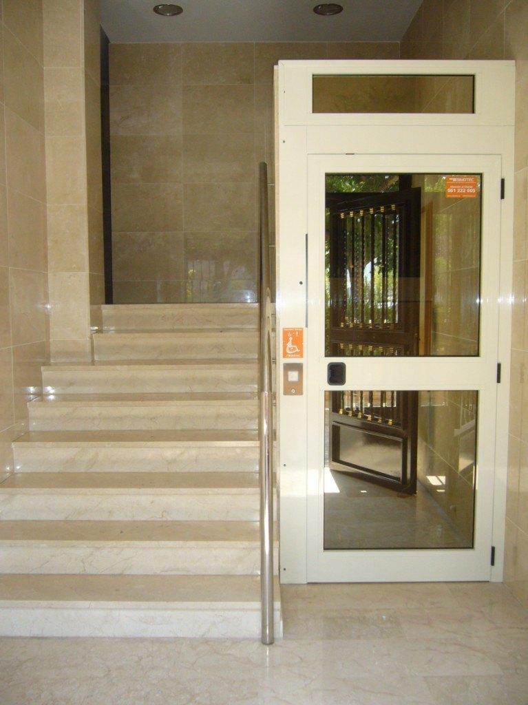 elevador_salvaescalera